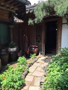 Lunch at doorei