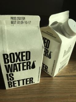 Wasser in Tüten. Geht nur in Amerika.